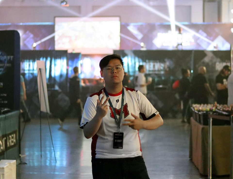 League of Legends Gets New Coach in Time for Playoffs